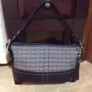 Coach F10418 Black/Grey Signature Handbag